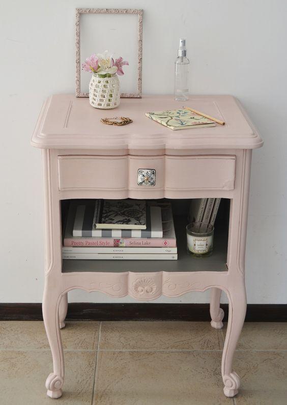 Restaurar muebles con pintura a la tiza lacados trillo for Muebles pintados a la tiza