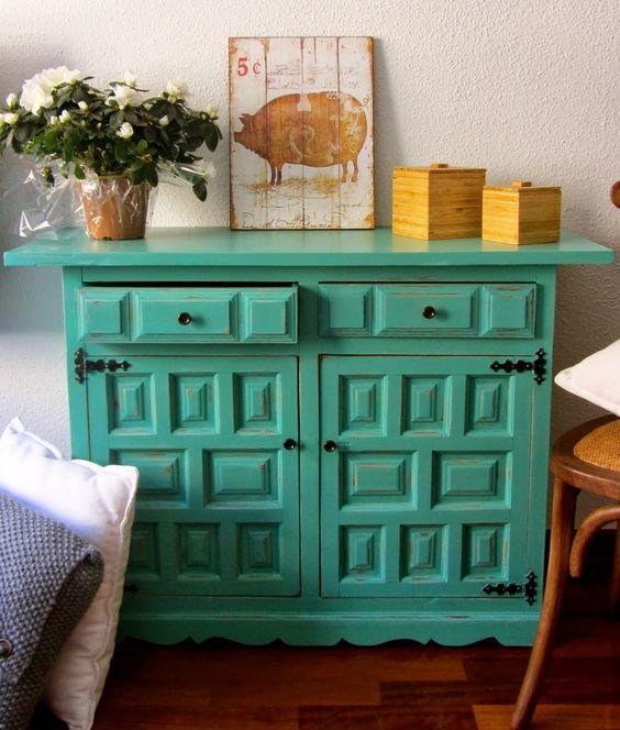 Mueble envejecido con pintura a la tiza